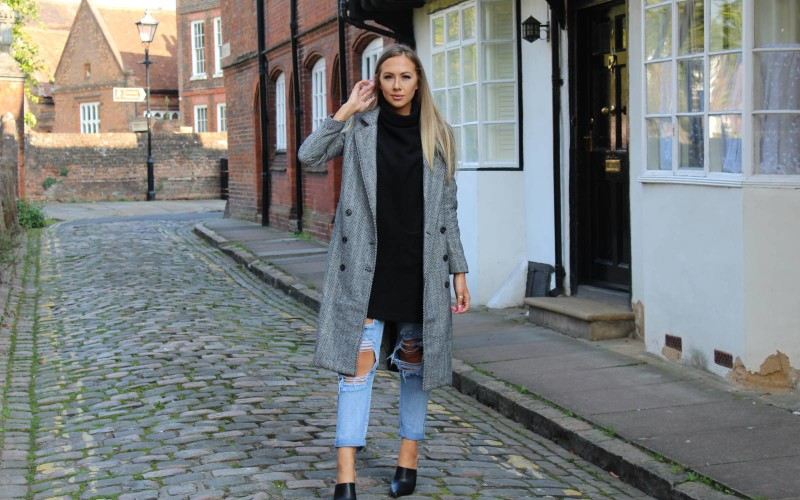 Fashion Blogger Lucy Radwell in PLT