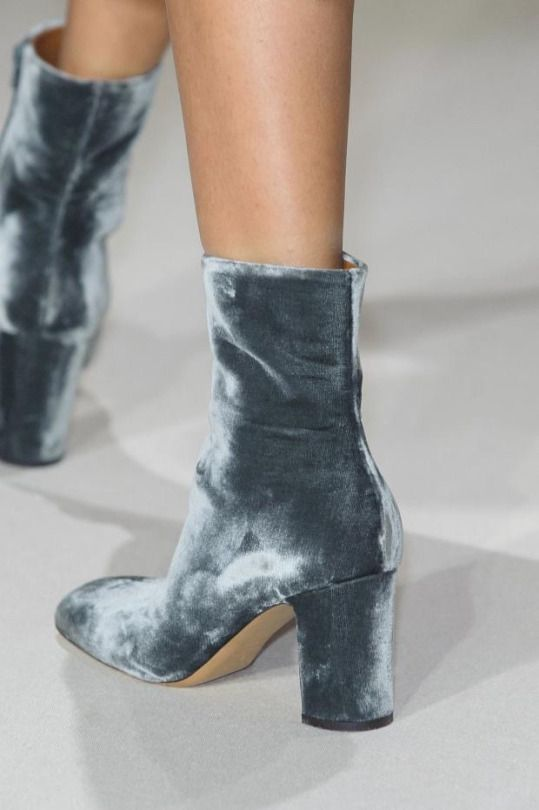 velvet-shoes-catwalk-runway