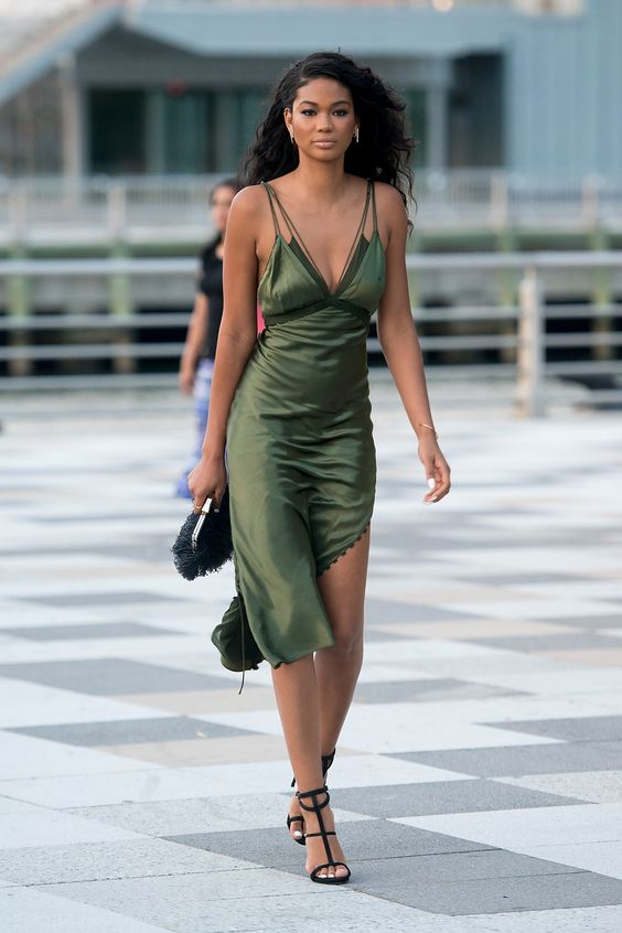 NEW YORK, NY - AUGUST 18: Model Chanel Iman seen walking in Tribeca on August 18, 2015 in New York City. (Photo by Michael Stewart/GC Images)
