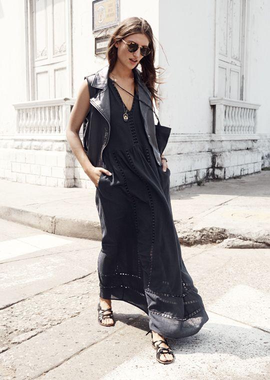 black-summer-street-style-model-off-duty-fashion-week-leather-jacket