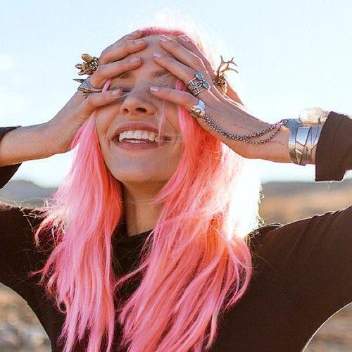 pink-pastel-hair-mermaid-festival-beauty-style