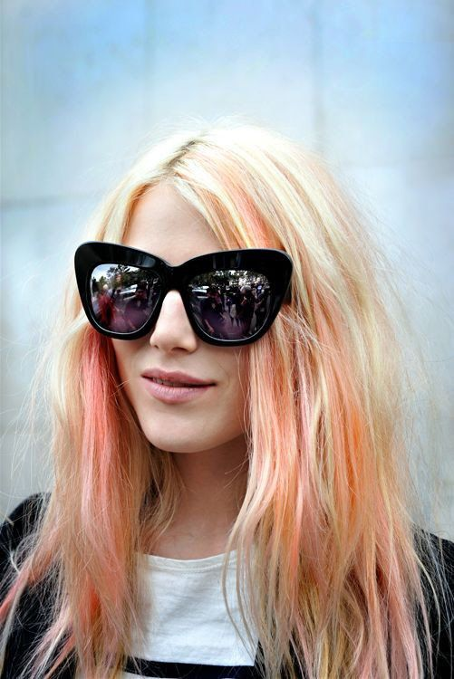 dree-hemmingway-pastel-hair-mermaid-festival-beauty-style
