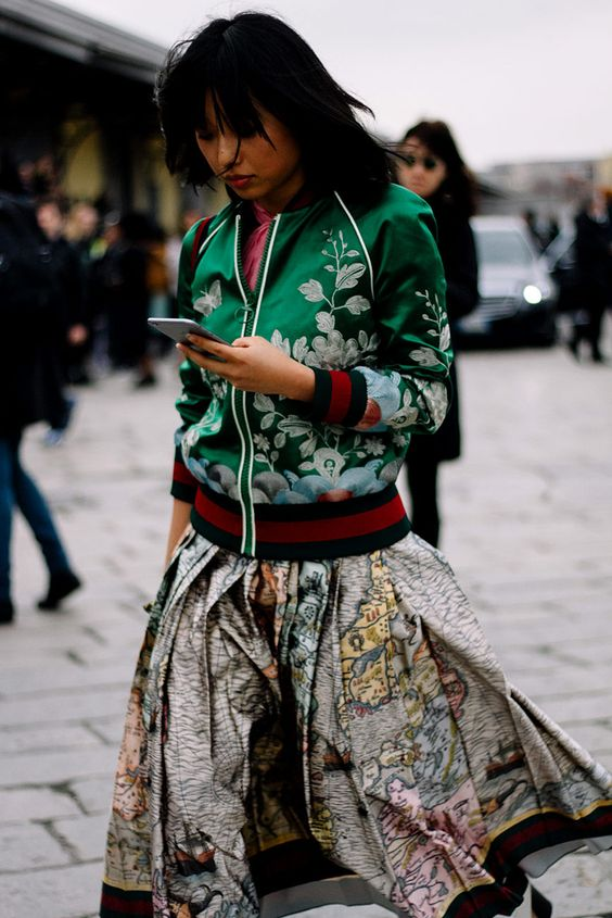 street-style-oriental-prints-japanese-ss16-trends-fashion-week-floral-bomber-jacket