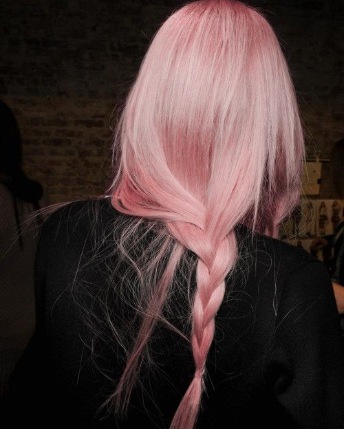 pink-pastel-hair-mermaid-festival-beauty-style