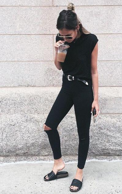black-summer-street-style-model-off-duty-fashion-week-skinny-jeans-basic