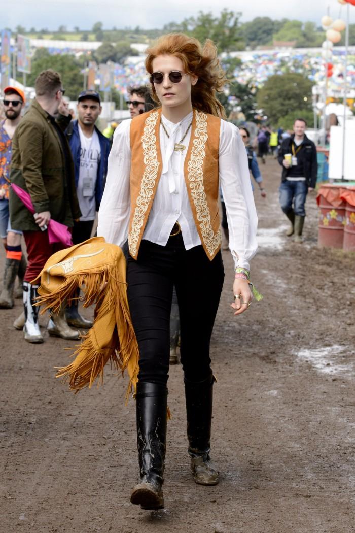 florence-welch-celeb-glastonbury-glasto-festival-style-boho-hippy