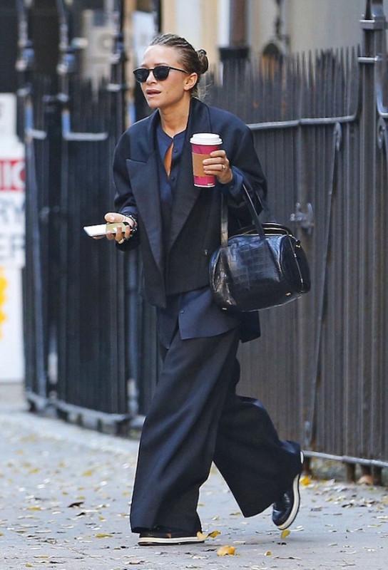 mary-kate-olsen-street-style-chic-menswear-tailoring-oversized