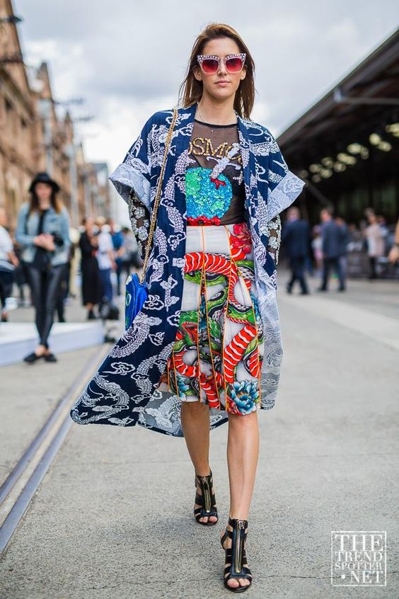 street-style-oriental-prints-japanese-ss16-trends-fashion-week