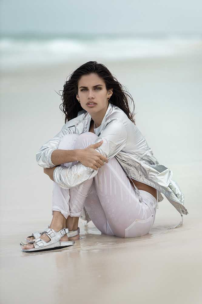 sara-sampaio-metallic-fashion-shoot-beach-ss16-trends-model-summer