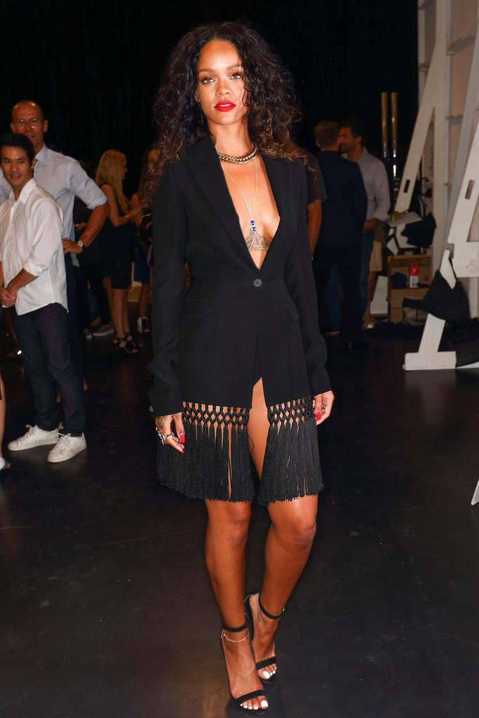 rihanna-altuzarra-spring-2015-show-black-fringed-dress