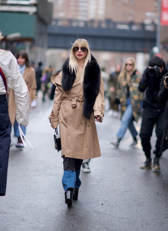 karen blanchard street style photography NYFW trench coat