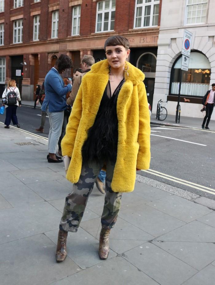 carms LFW london fashion week street style prints clashing faux fur