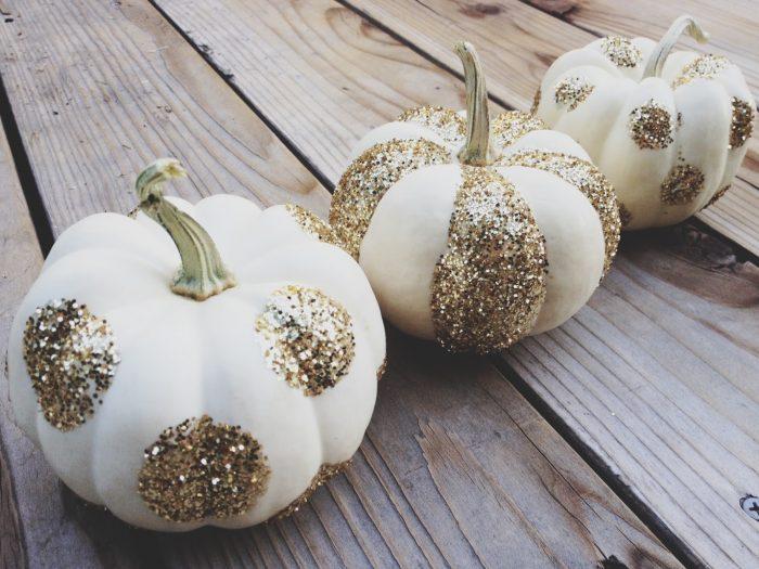 DIY halloween party pumpkin glitter
